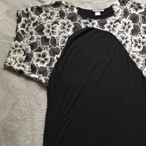 Urban Outfitters Floral Sleeved Dress/Tunic